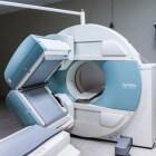 Hoe werken MRI- en fMRI-scans bij hersenonderzoek?