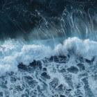 Tsunami: Hoe komt het dat een vloedgolf de aarde overspoelt?