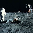 Naar de maan: Wie is er het eerst? Moge de beste winnen!