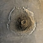 Olympus Mons: De grootste vulkaan in het zonnestelsel