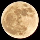 De maan is ontstaan na een botsing met planeet Theia