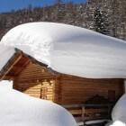 Overbelasting door sneeuw! Beschouwing materiaal en gewicht