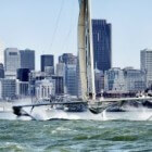 Hydroptère – Vliegende trimaran zeilboot van Thébault
