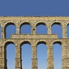 Aquaduct een waterleidingsysteem van eeuwen terug