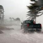 Hoe overleef je een orkaan – thuis, in de auto en te voet