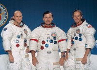 De bemanning van Apollo 16, Mattingly, Young, Duke / Bron: NASA / Wikimedia Commons